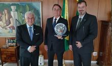 Imagem Novo diretor do INPE é apresentado ao Presidente Bolsonaro