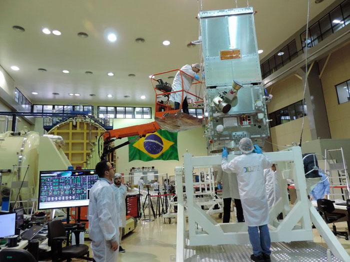 Amazonia 1 abre novos horizontes para indústria nacional de sistemas e equipamentos aeroespaciais