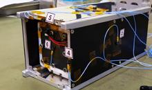 Imagem Primeiro Cubesat desenvolvido por empresa privada Brasileira finaliza testes ambientais no INPE