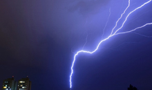 Imagem Artigo de pesquisador do INPE (DIIAV/CGCT/) mostra como um raio se ramifica