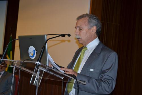 Diretor Ricardo Galvão discursa na cerimônia de 56 anos do INPE