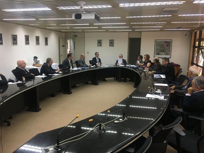 Reunião entre dirigentes do INPE e AEB