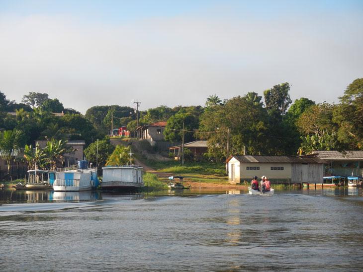 No interior da Amazônia, as equipes do projeto entrevistaram populações tradicionais, produtores rurais, representantes das comunidades e das instituições locais