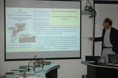 O pesquisador Alberto Setzer falou sobre o monitoramento de queimadas do INPE