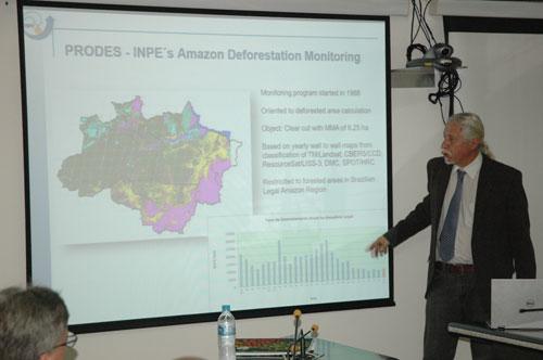 O monitoramento da Amazônia foi apresentado pelo pesquisador Dalton Valeriano